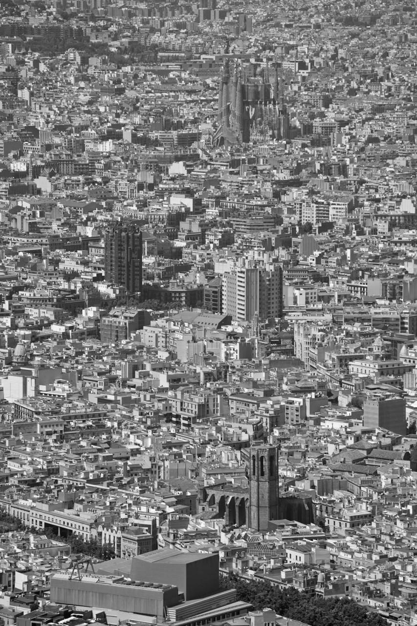 013-barcelona-aeria-sagrada-familia-ciutat