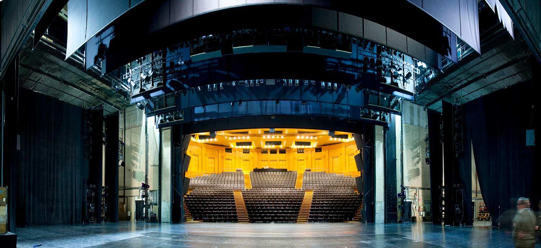 09-arquitectura-teatre-nacional-escenari