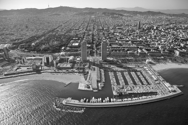 09-barcelona-aeria-torres-ciutat-port-nou-mapfre-