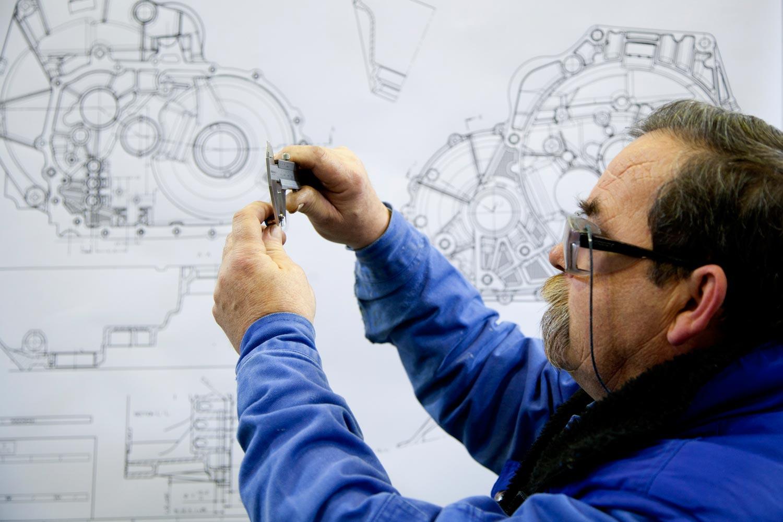 10-industrial-operari-mecànic-001