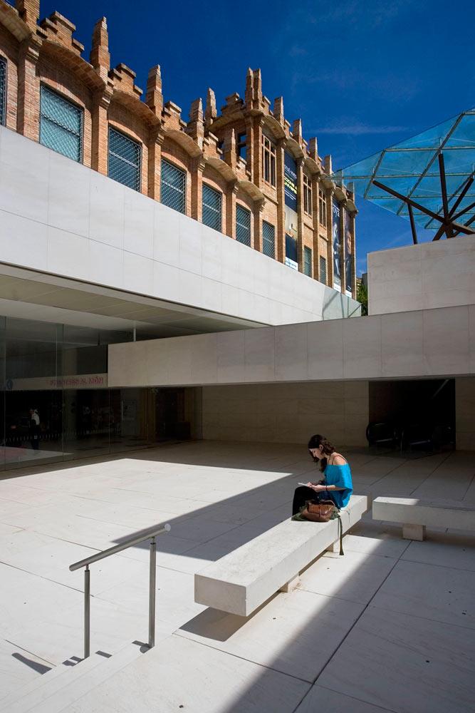 12-arquitectura-caixaforum-002