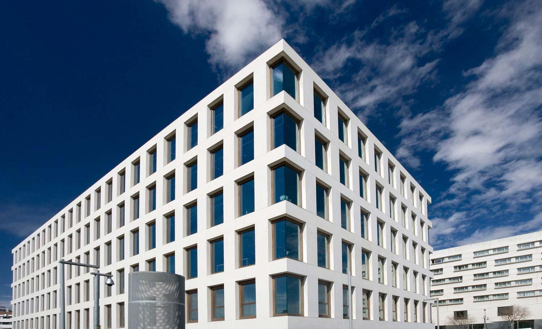 13-arquitectura-edifici-banc-sang-teixits-01