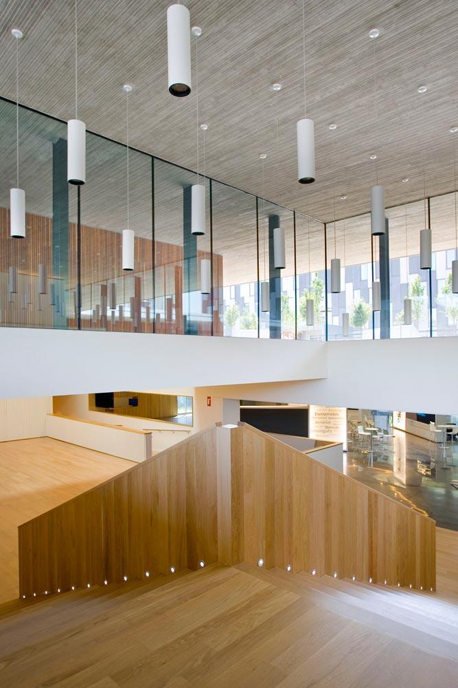 19-arquitectura-interiors-banc-sabadell-002