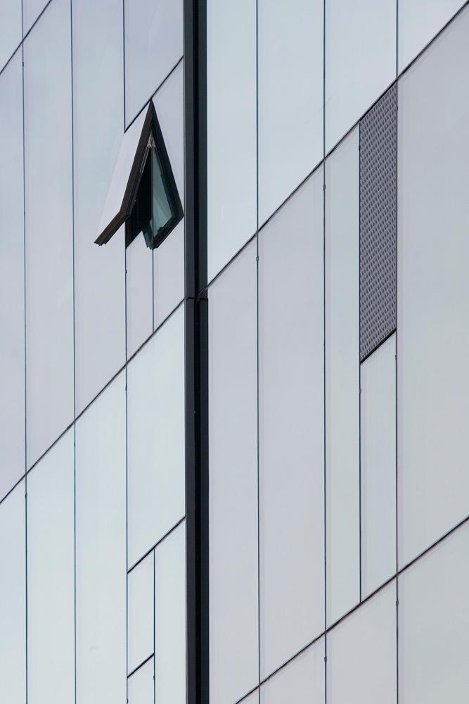 23-arquitectura-edifici-finestre-003