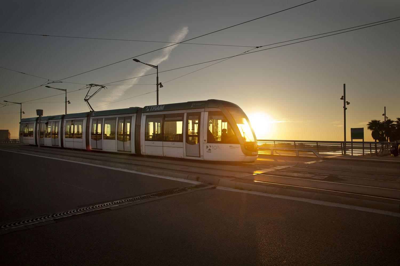 barcelona-tram-besos-01